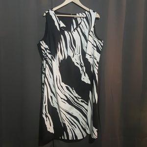 Peter Nygard sleeveless zebra dress as 18